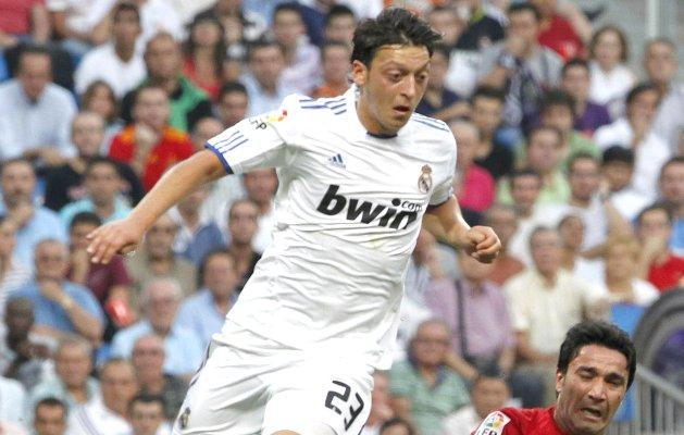 Video: Mesut Ozil Scores For Madrid Against Zaragoza